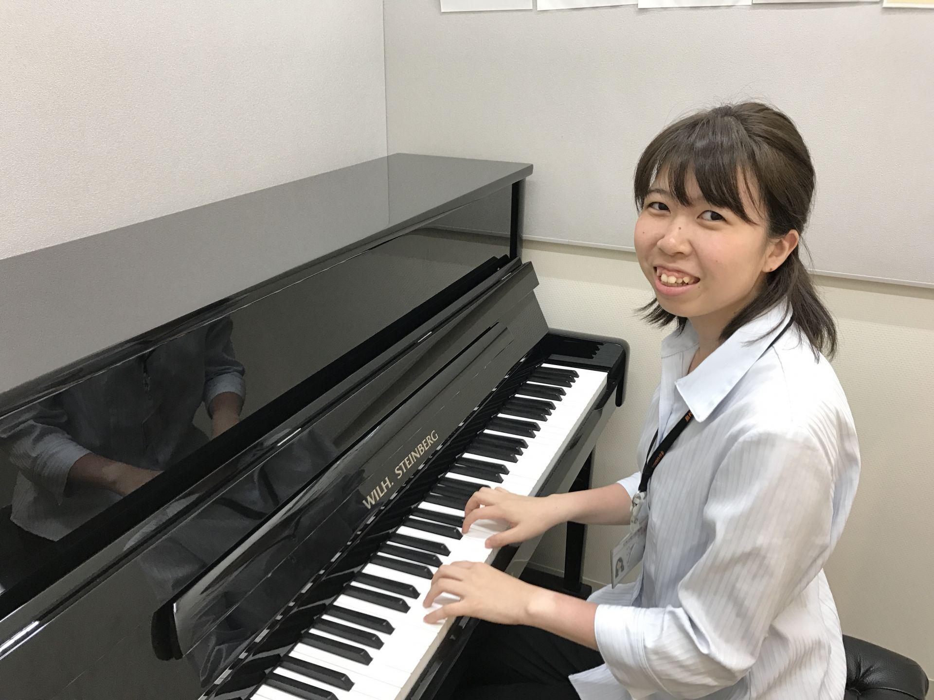 ピアノインストラクター ピアノサロン